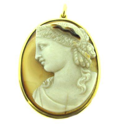 Antique gold & stone cameo pendant