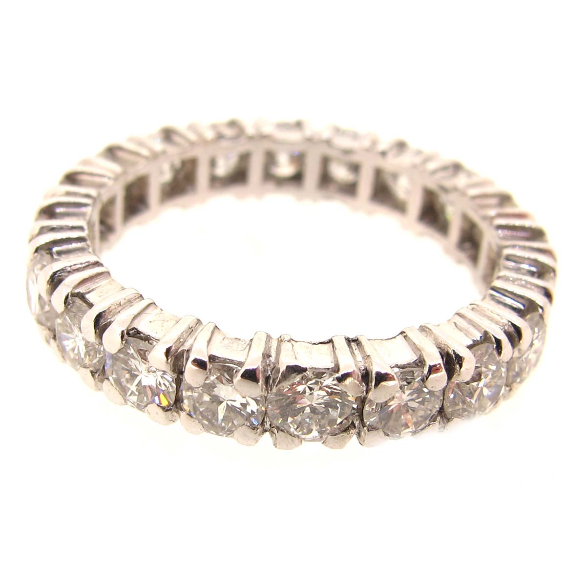 18ct gold & diamond eternity ring