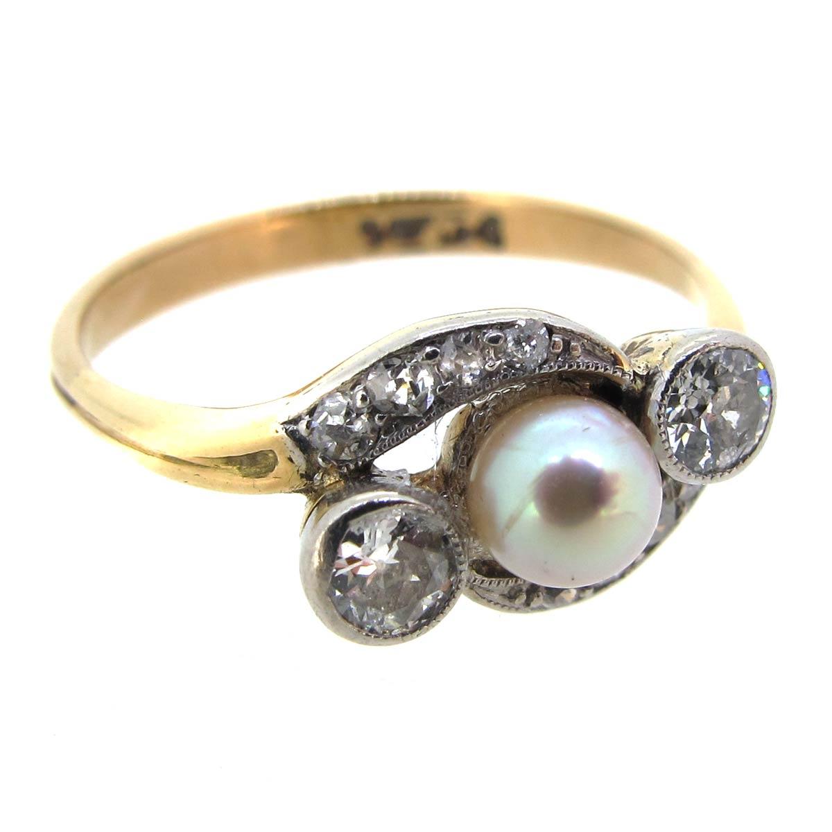 Pearl & Diamond Crossover Ring